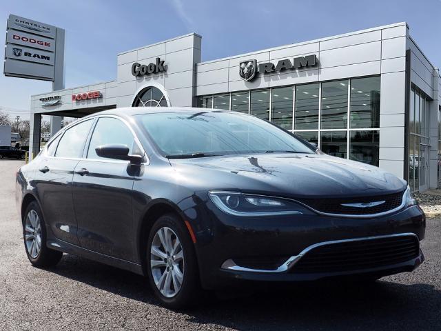 2017 Chrysler 200 Limited Platinum Sedan