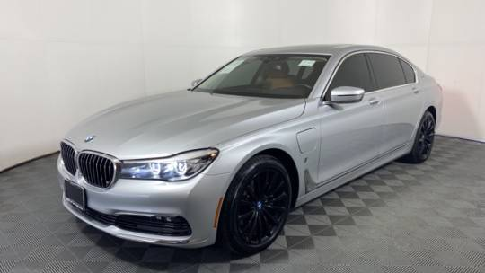 2018 BMW 740e xDrive iPerformance Plug-In Hybrid